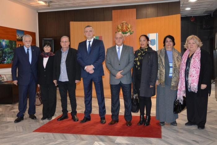 ДЪЩЕРЯТА на Че Гевара се срещна с кмета на Варна