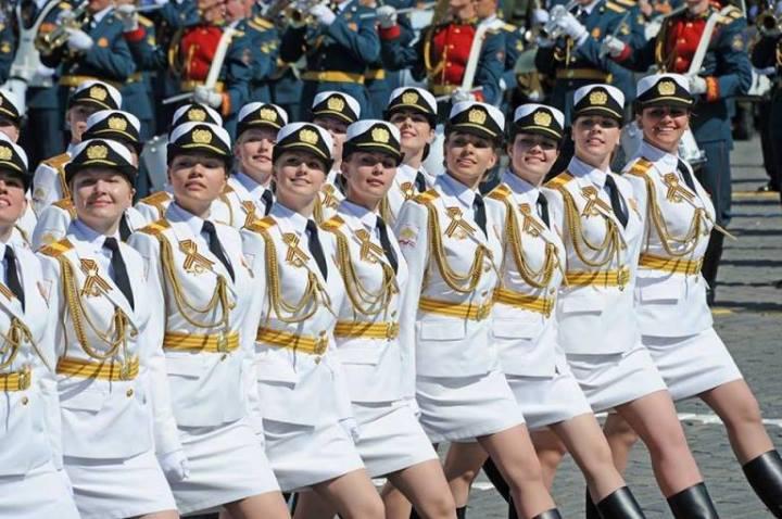ЗАПАДНИ ЕКСПЕРТИ с прогнози за провала на Русия през 2015 г