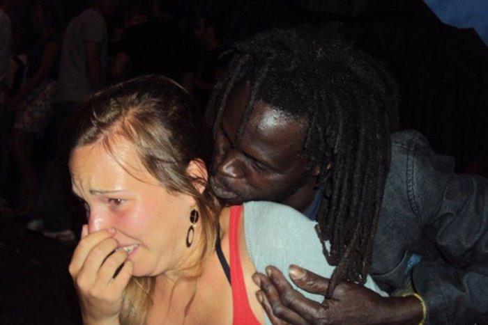 ГЕРМАНКА в ЮТуб: Ние изнасилени, мъжете ни пребити!