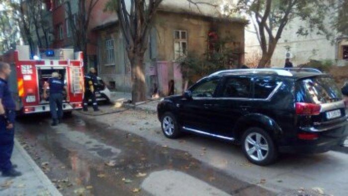КЛОШАРСКА къща изгоря в самия център на Варна