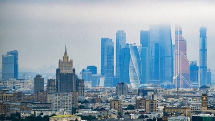 ЗАЩО Ленин прогонва Запада от СССР, т.е от Русия?