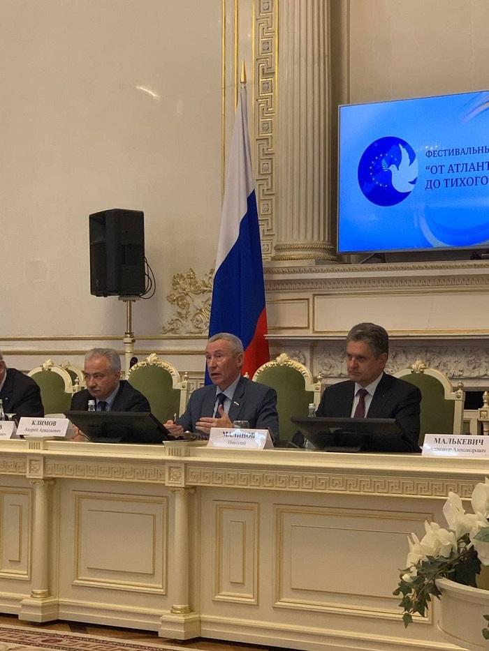 Николай Малинов в Санкт Петербург на Руско-европейски форум