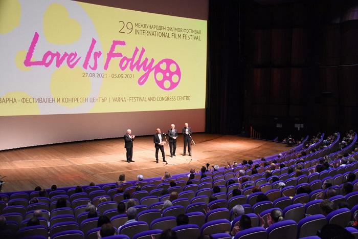 """НАГРАДИТЕ: XXIX Международен филмов фестивал """"Любовта е лудост"""""""