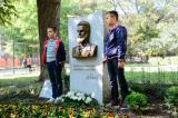 Ботевата градинка във Варна вече има паметник на своя патрон