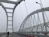 ТЕРЕЗА Мей била глупачка, пък Путин на Кримския мост